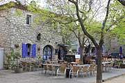 La Garde-Adhemar village