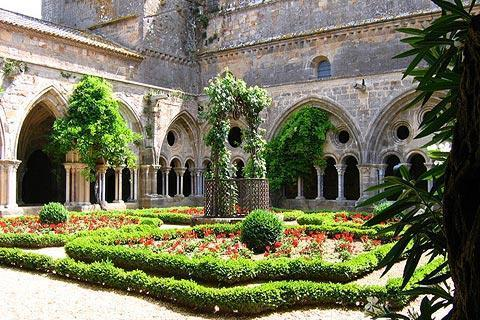 Photo of Fontfroide Abbey in Aude
