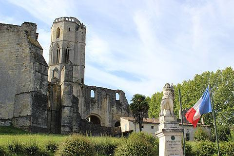 Photo of Grezillac in Gironde