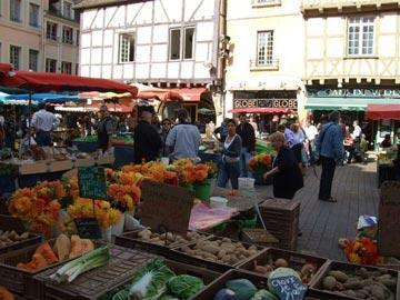 fruit market in France