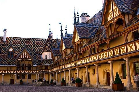 Photo of Savigny-les-Beaune in Cote d'Or