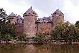 photo of Lassay-les-Chateaux