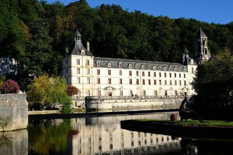 Photo of Brantome Abbey