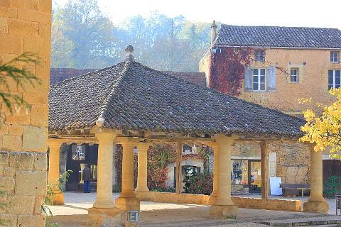 Photo of Cadouin in Dordogne