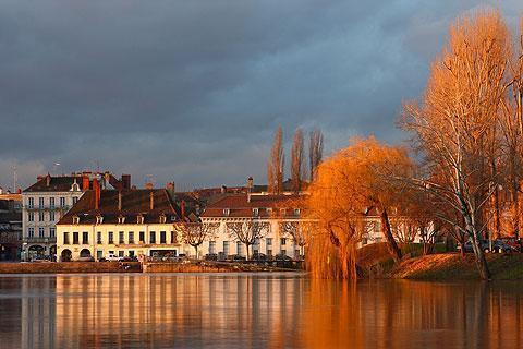 Photo of Ouroux-sur-Saone in Saone-et-Loire