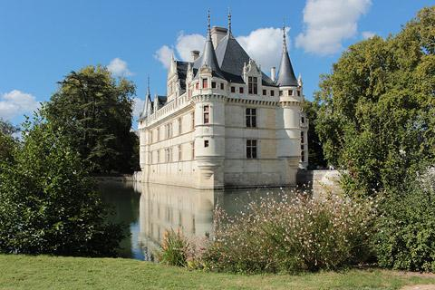 Chateau d\'Azay-le-Rideau, France: visitor information