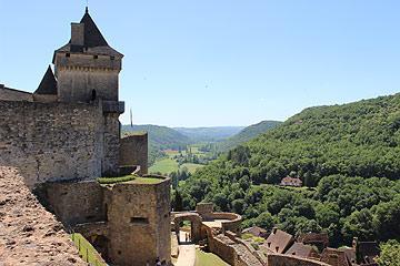 tour et vue depuis le château