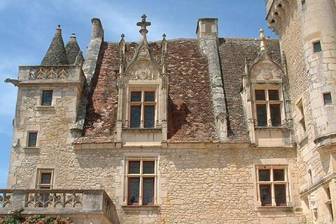 Chateau des milandes france visitor information for Chateaux in france to stay