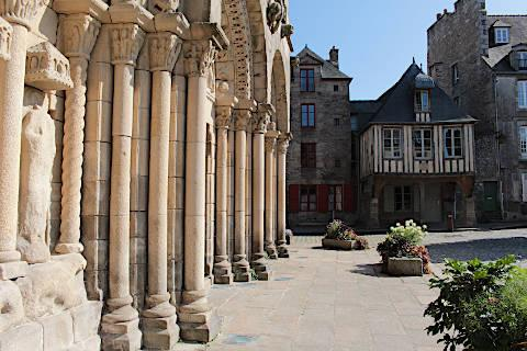 Photo of Dinan basilica of Saint-Sauveur