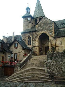 church entrance in Estaing