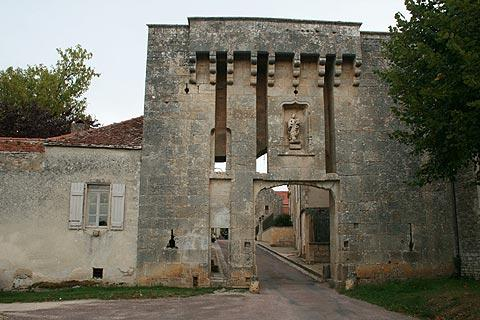 Photo of Lucenay-le-Duc in Cote d'Or