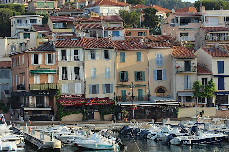 Photo of Cassis
