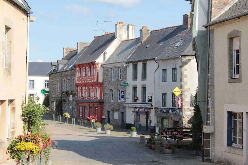 Photo of La Roche-Derrien