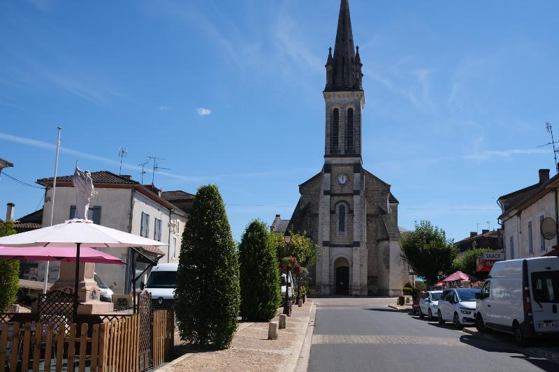 Photo of Neuvic sur l'Isle