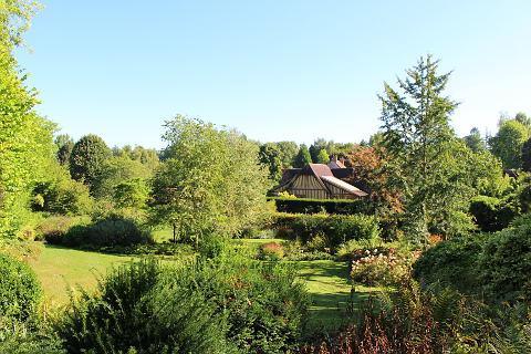 les jardins du pays d 39 auge cambremer en normandie france. Black Bedroom Furniture Sets. Home Design Ideas