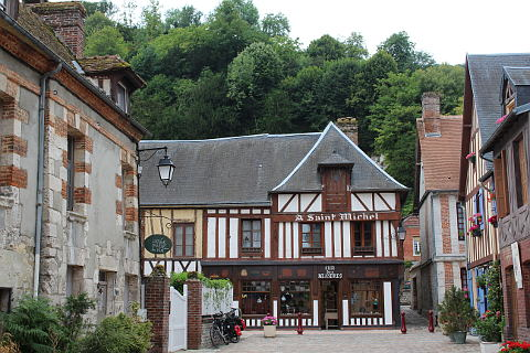 Photo of La Bouille in Seine-Maritime