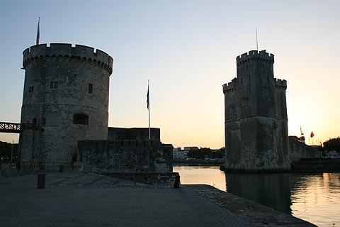 Photo of La Rochelle towers in Charente-Maritime