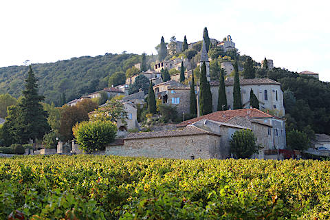 Photo de La Roque-sur-Cèze (Languedoc-Roussillon region)