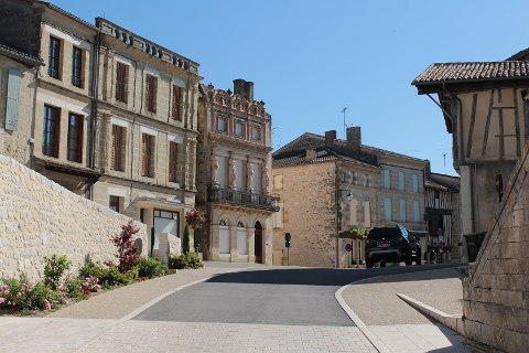 Photo of Lauzun in Lot-et-Garonne