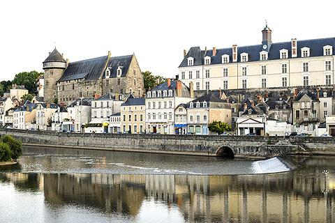 Photo of Montjean in Mayenne