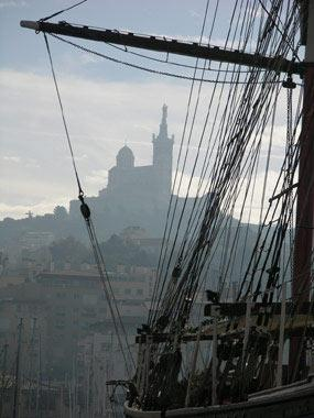 Navire à Marseille