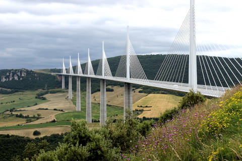 Photo de Millau bridge en Massif Central (Midi-Pyrenees region)
