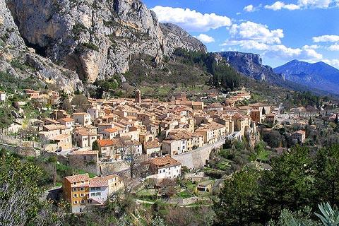 Photo of Moustiers in Alpes-de-Haute-Provence