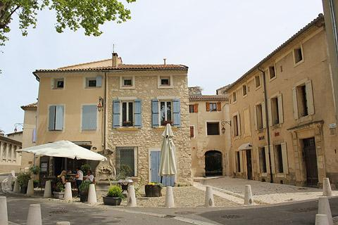 Photo of Pernes-les-Fontaines (Provence region)
