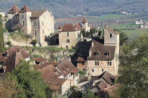 Photo de Saint-Cirq-Lapopie en Massif Central (Midi-Pyrenees region)