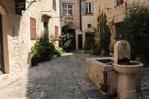 Photo de Saint-Paul-de-Vence en Cote d'Azur (Provence region)
