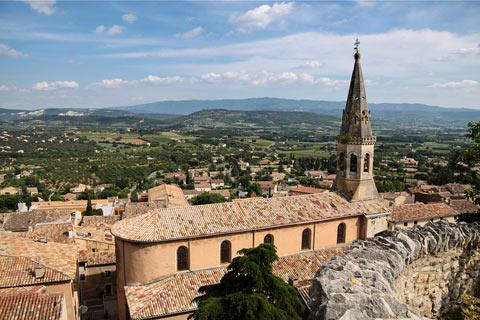 Photo de Saint-Saturnin-lès-Apt en Luberon (Provence region)