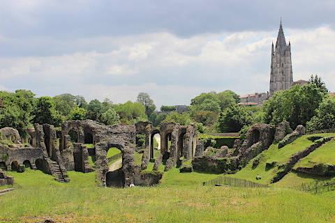 Photo de Saintes monuments