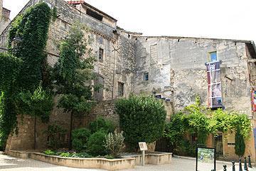 attrayants bâtiments anciens
