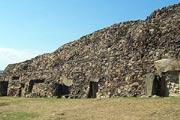Cairn de Barnenez, Brittany