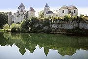 Chateau de Cleron village