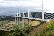 photo of Millau bridge