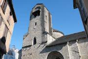 Église Sainte-Croix à Oloron-Sainte-Marie