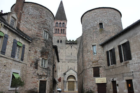 Photo of Huilly-sur-Seille in Saone-et-Loire