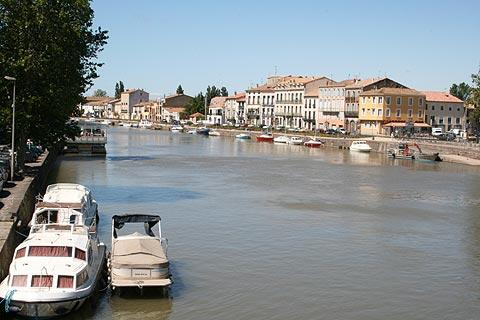 Port in the town of Agde