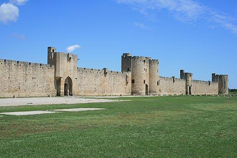 fortified walls around Aigues-Mortes