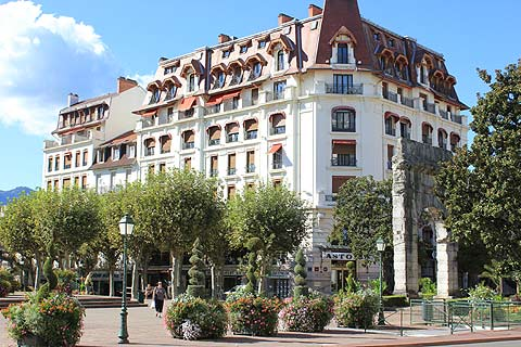Aix les bains france travel and tourism attractions and for Hotellesbains