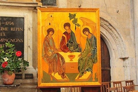 Icon religious painting in Angers cathedral