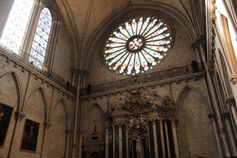 Rosace dans la cathédrale d'Angers