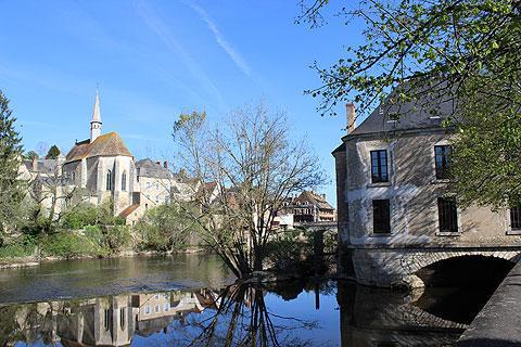Moulin à eau sur les bords de la Creuse