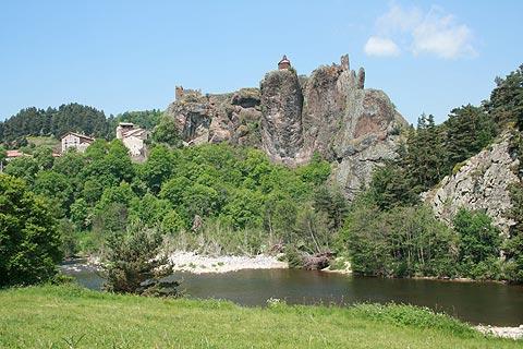 Vallée de la rivière au-dessous d'Arlempdes