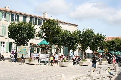 Village centre in Ars-en-Ré