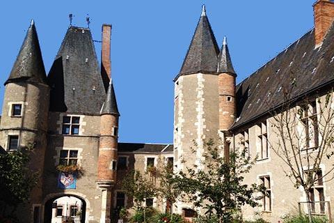 Chateau des Stuarts à Aubigny-sur-Nere