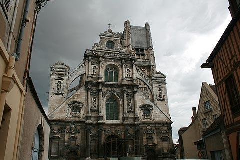 Cathedral facade in Auxerre