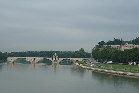 View of Pont d'Avignon