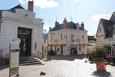 Main square in centre of Azay-le-Rideau village